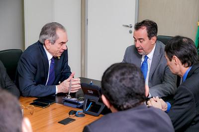 250418  Senador Raimundo Lira e Ministro da Saúde Gilberto Occhi _Foto Felipe Menezes_003_