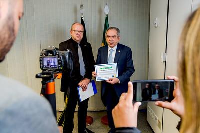 Hugo Lembeck e Senador Raimundo Lira recebe Prêmio da Confederação Nacional dos Municipios2