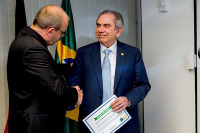 Hugo Lembeck e Senador Raimundo Lira recebe Prêmio da Confederação Nacional dos Municipios5