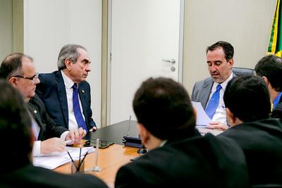 250418  Senador Raimundo Lira e Ministro da Saúde Gilberto Occhi _Foto Felipe Menezes_001_-2