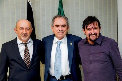 150518  Prefeito Ailton Gomes de Nova Palmeira, Senador Raimundo Lira, Assessor João Medeiros _Foto Felipe Menezes_001_