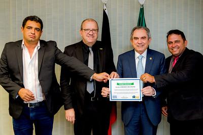 150518  Prefeito Leo de Cacimbas, Senador Raimundo Lira, Prefeito Neto Gomes de São José de Espinharas _Foto Felipe Menezes_002_
