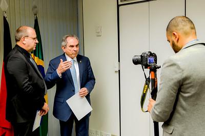 Hugo Lembeck e Senador Raimundo Lira recebe Prêmio da Confederação Nacional dos Municipios4