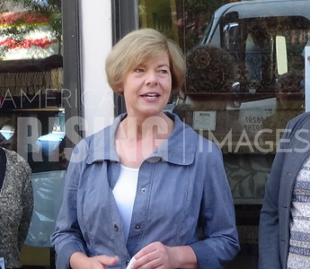 Tammy Baldwin At Northlakes Community Clinic In Ashland, WI