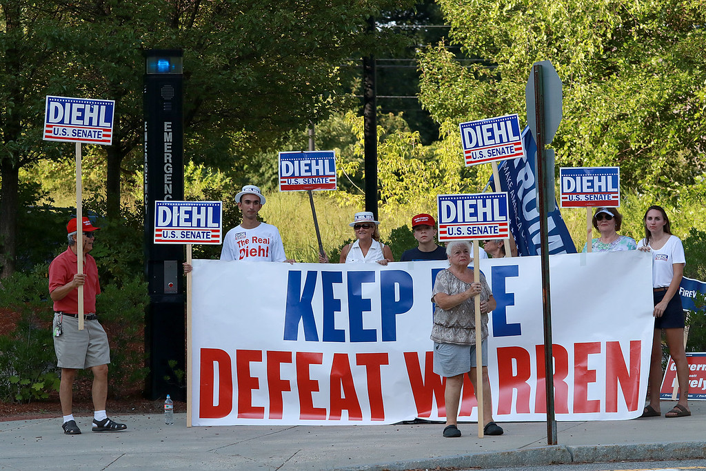 . Senator Elizabeth Warren held a town hall in Fitchburg on Thursday night in Weston Auditorium at Fitchburg State University. Supporters of Geoff Diehl candidate for state senate where out on the street before the town hall started. SENTINEL& ENTERPRISE/JOHN LOVE