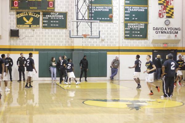 Seneca Valley High School Boys basketball vs. Oakdale HS 3-2-2017