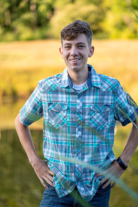 Cody Bonham Senior Photos NO SIG-0509