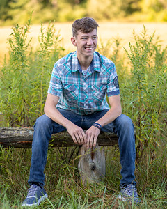 Cody Bonham Senior Photos NO SIG-0590