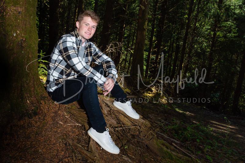 Ryan Vache Senior Photos_HR-27