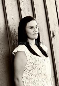 Carly J (4)bw