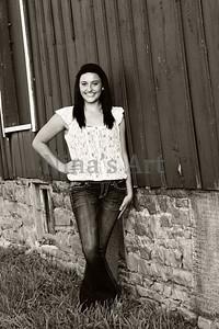 Carly J (10)bw