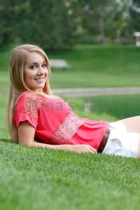 Rachel S (33)