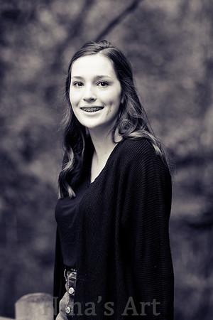 Emily H (2)bw