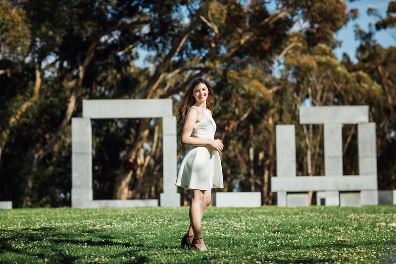 Hannah Falustick Graduation Photos-424-6237-Edit-2