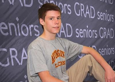 001_0030 109-seniors-background BW