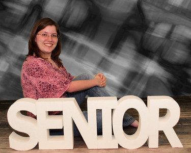 001_0030 14-seniors-background H