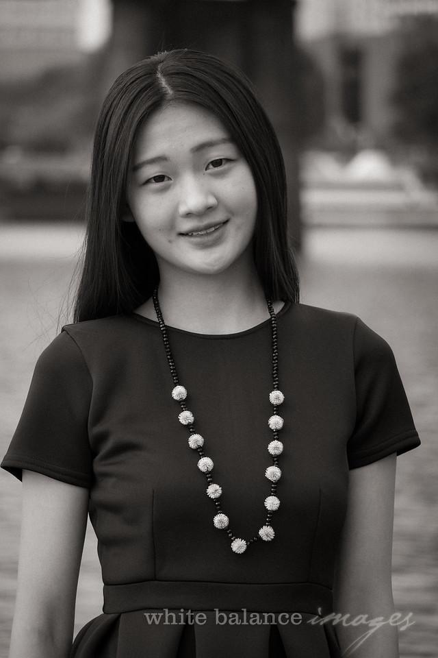 Angelina Wu Senior Portraits-098