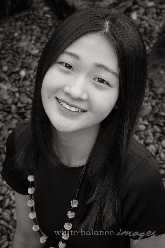 Angelina Wu Senior Portraits-013