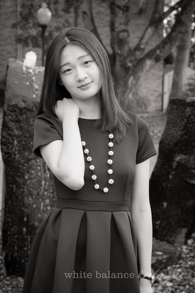 Angelina Wu Senior Portraits-012