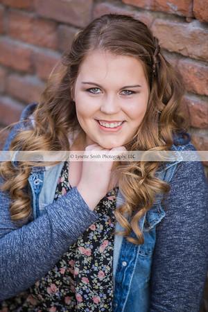 Avery Senior Portraits