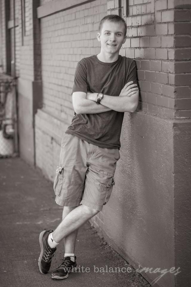 Caden Dukes Senior Portraits-30
