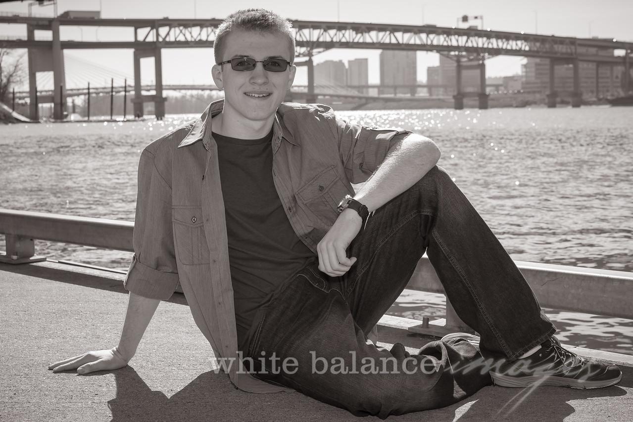 Caden Dukes Senior Portraits-98