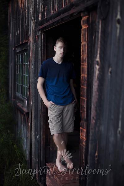 Cameron's Senior Portraits