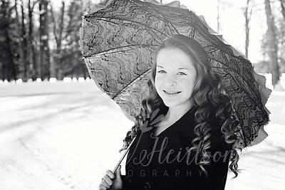 Reganne Winter Senior Portraits