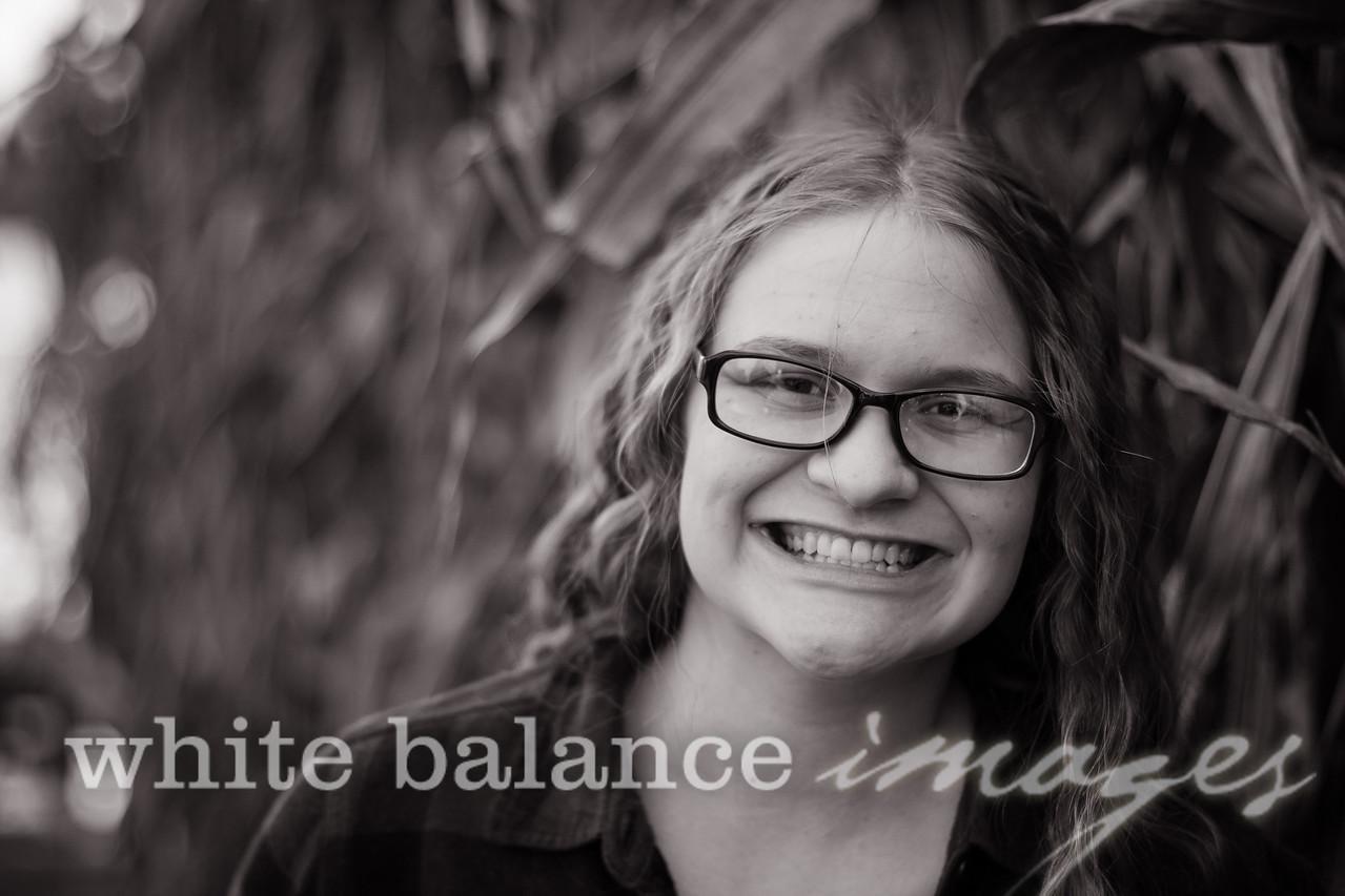 Maddie Simmons Fall Portraits 11