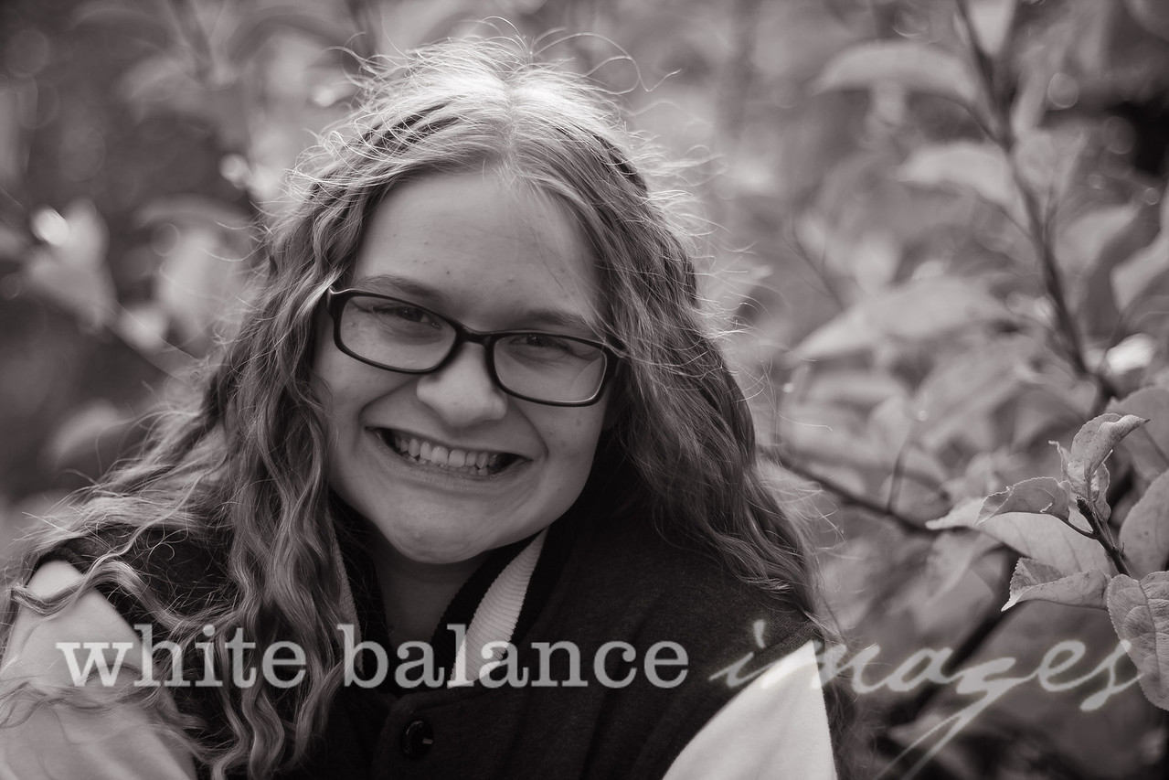 Maddie Simmons Fall Portraits 47