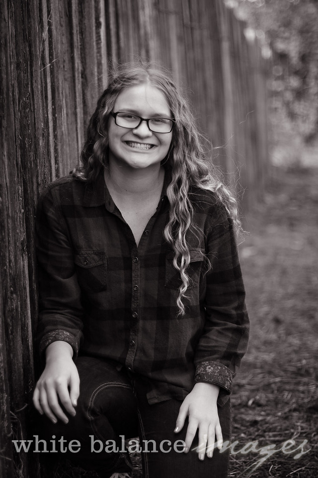 Maddie Simmons Fall Portraits 23