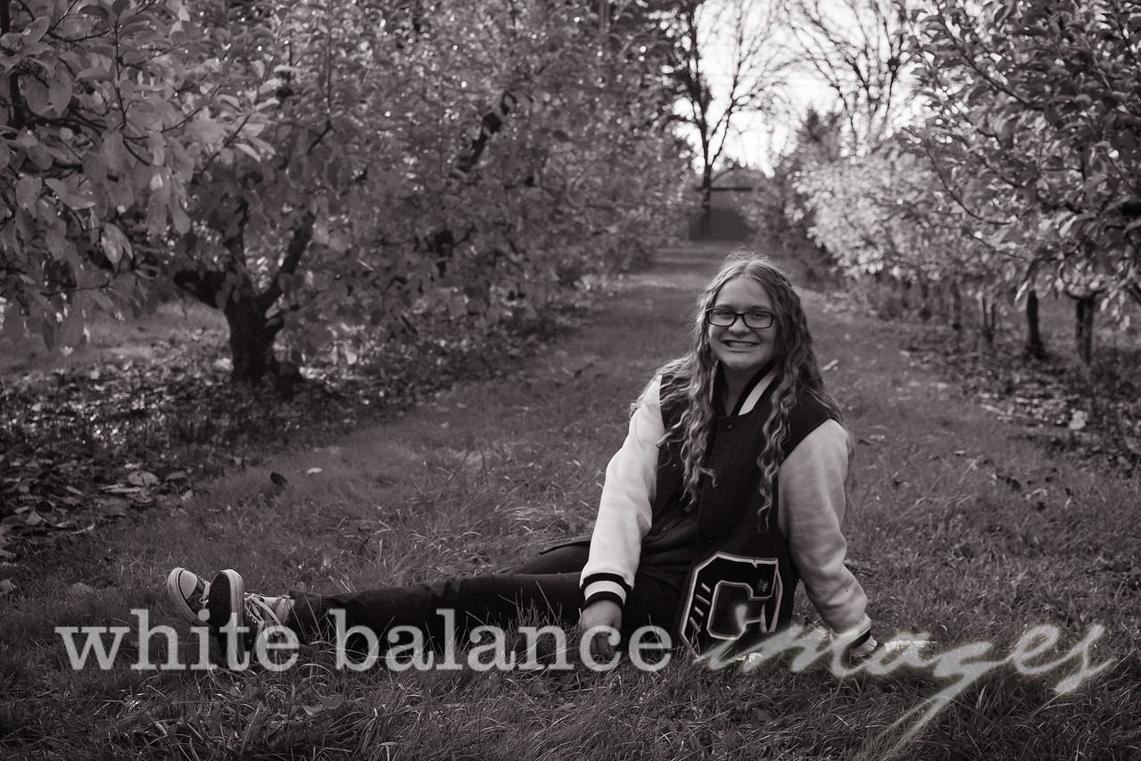 Maddie Simmons Fall Portraits 58