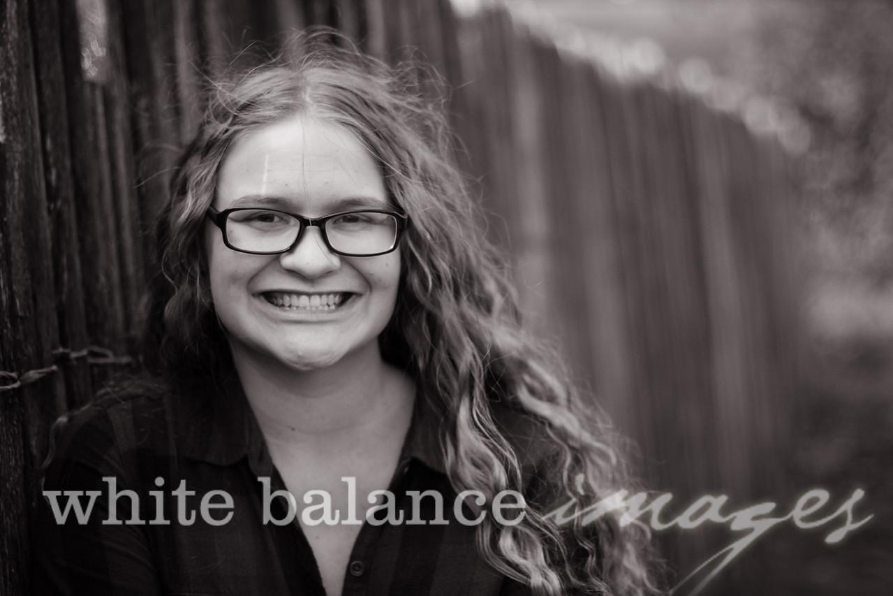 Maddie Simmons Fall Portraits 20