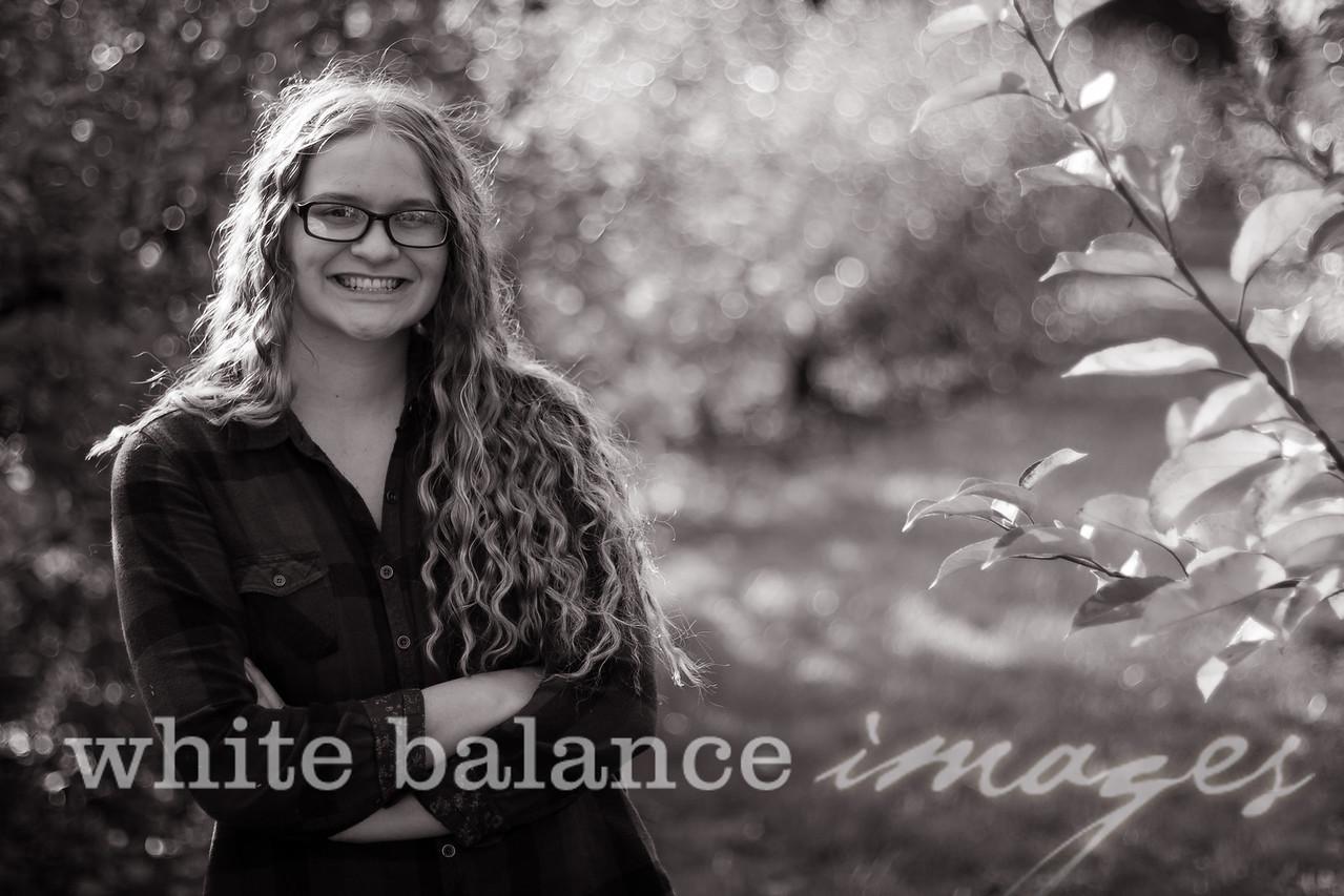 Maddie Simmons Fall Portraits 45