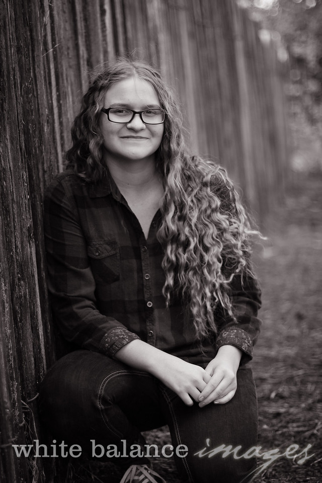 Maddie Simmons Fall Portraits 24
