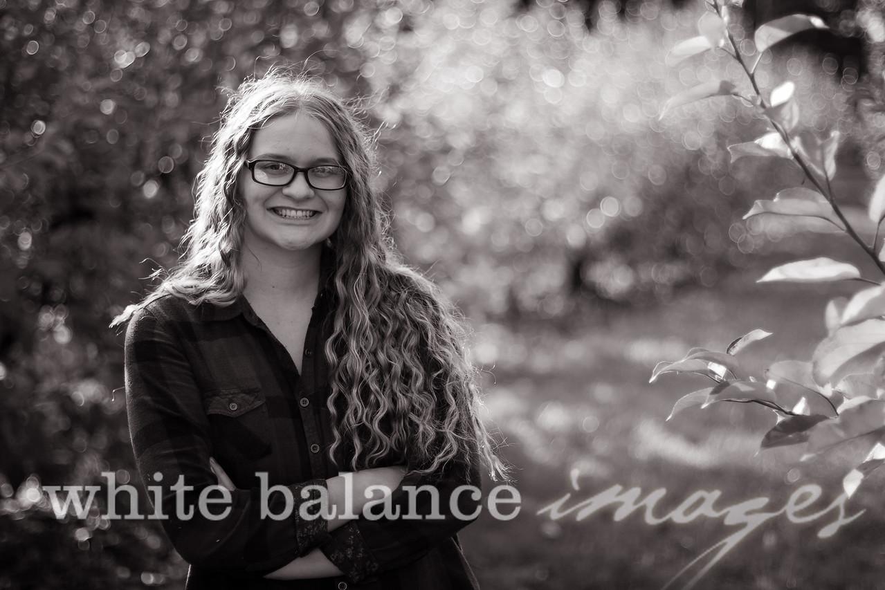 Maddie Simmons Fall Portraits 44