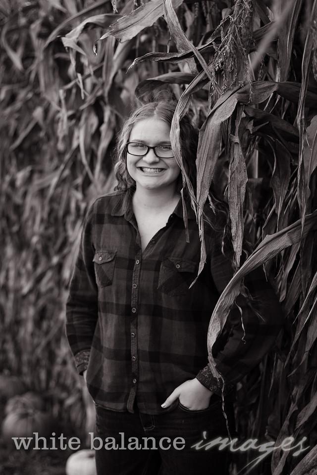 Maddie Simmons Fall Portraits 05