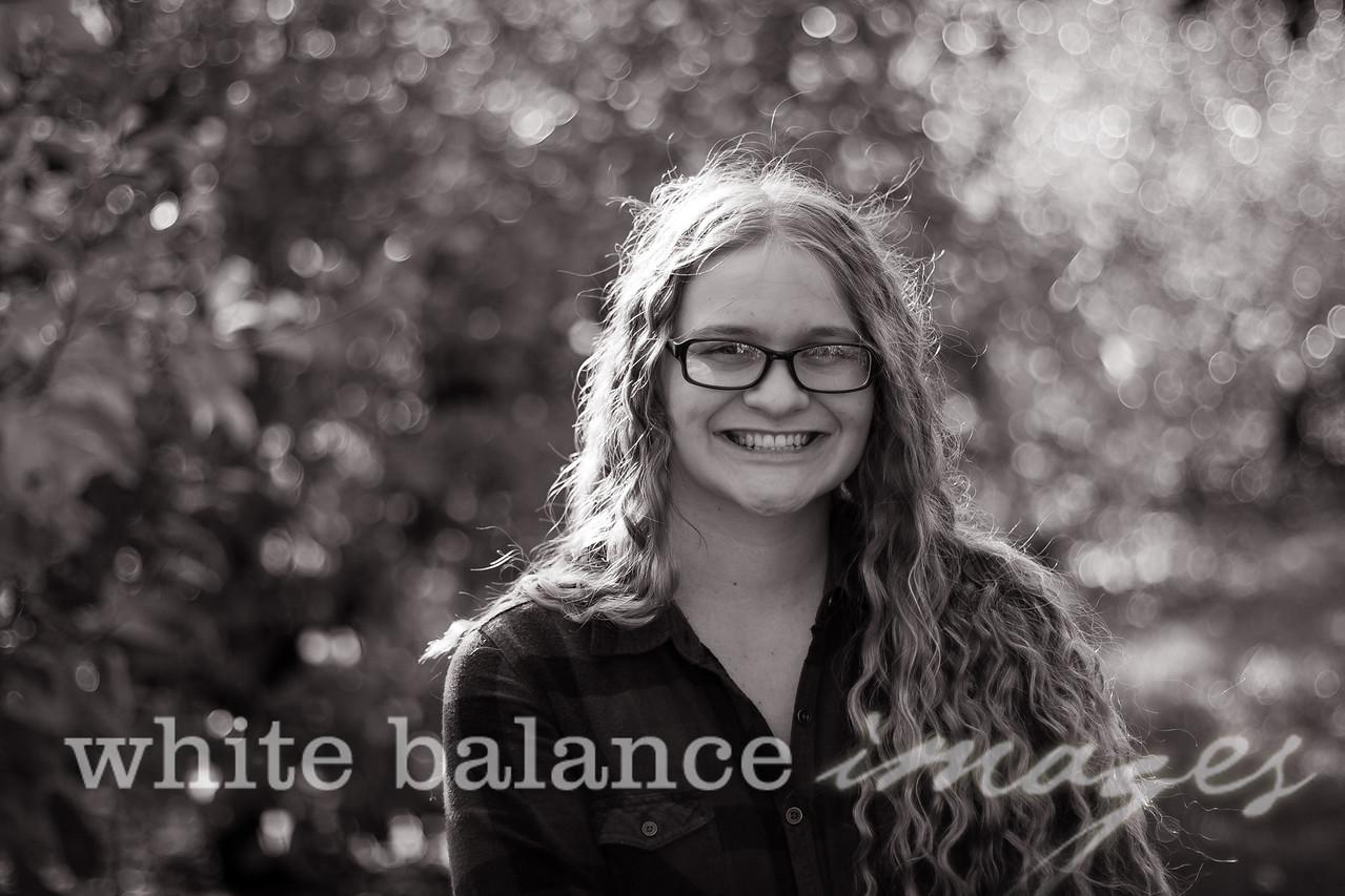 Maddie Simmons Fall Portraits 43