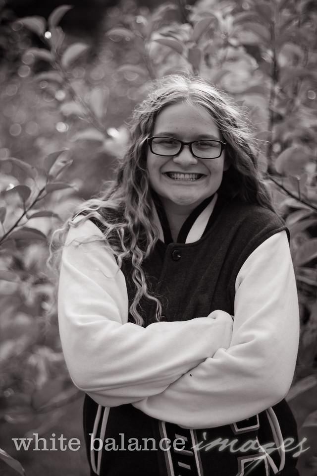 Maddie Simmons Fall Portraits 46