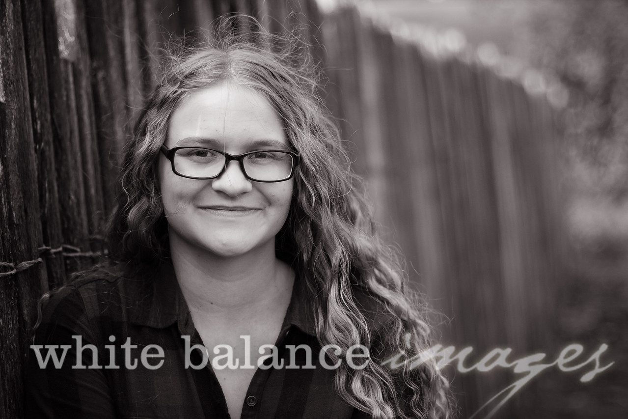 Maddie Simmons Fall Portraits 21
