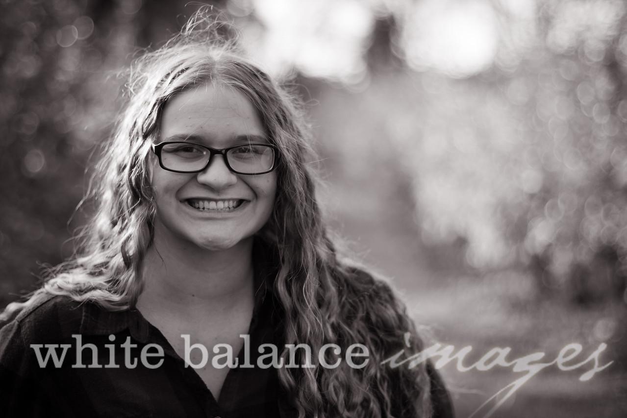Maddie Simmons Fall Portraits 42