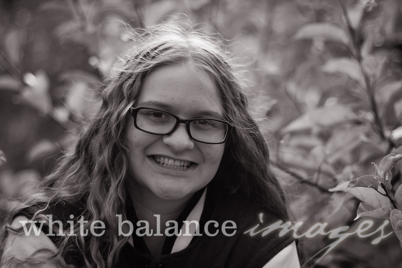 Maddie Simmons Fall Portraits 49