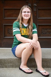 alyssa_fleschner_senior_010_alternate