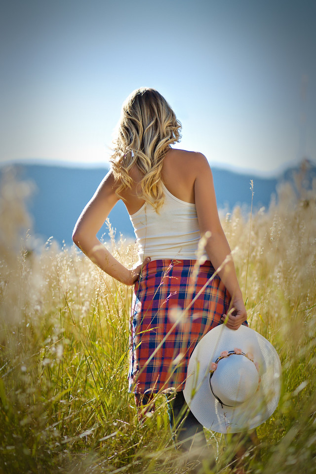 love how her hair matched the grass so well in our country girl location