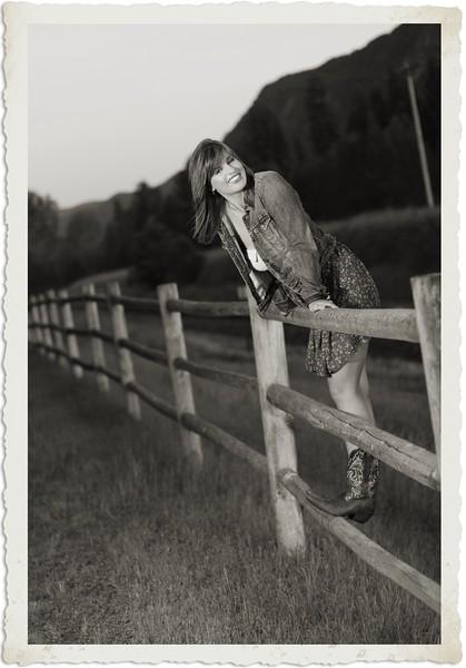 Another fenceline shot vintage style
