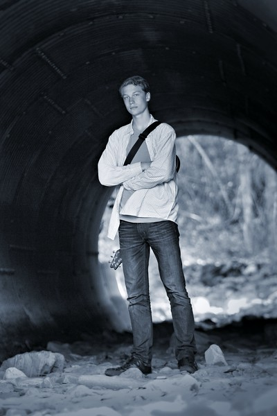 full Length image in the tunnel