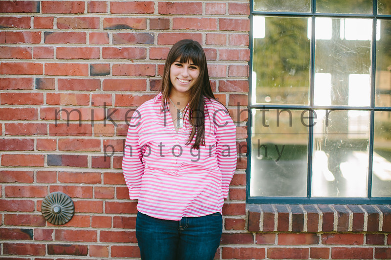 Alyssa-senior-001