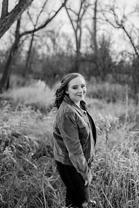 00001©ADHphotography2020--AddisonBroz--Senior--December1bw