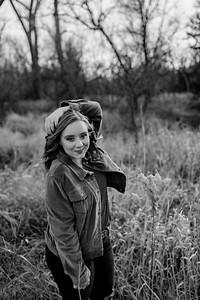 00009©ADHphotography2020--AddisonBroz--Senior--December1bw