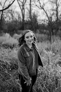 00006©ADHphotography2020--AddisonBroz--Senior--December1bw